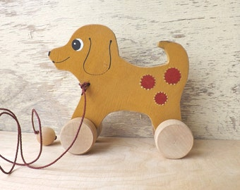 Wooden pull and push toy Dog in ocher, hand cut hand-painted toys animals on wheels for toddlers kids, wood pull along toy dog personalized