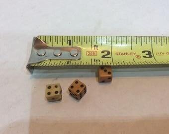 Vintage Dice 3 Miniature