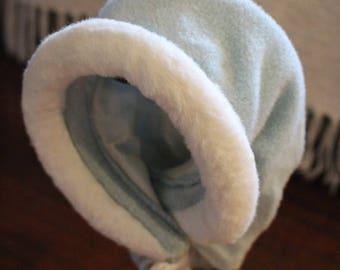 Baby Blue Vintage Bonnet