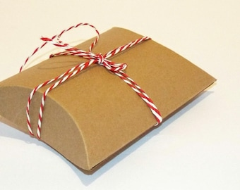 25 Meduium Brown Kraft Pillow Boxes. Wedding Favors. 4.5x4.5x1.5