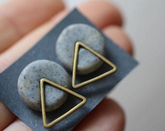 Stud earrings, minimal, golden triangle and stone effect