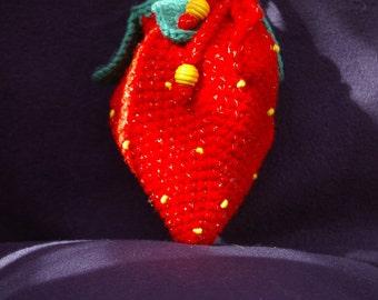 "Handbag knitted ""Strawberry"" (medium), crocheted by hand"