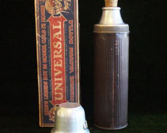 Antique Landers, Frary and Clark Universal Genuine Vacuum Bottle No 5502