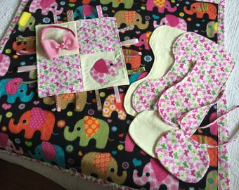 Baby blanket set, baby shower set, baby shower gift, baby bibs and burp cloths