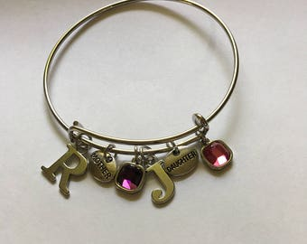 Mother/daughter charm
