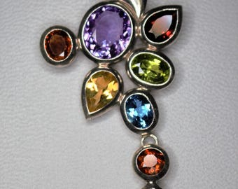 Seam 925 Silver necklace with semi precious stones