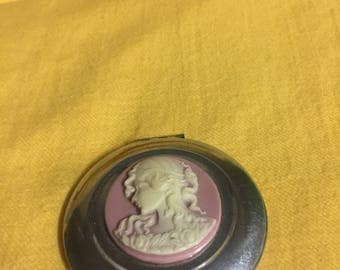 Lovely vintage ladies compact
