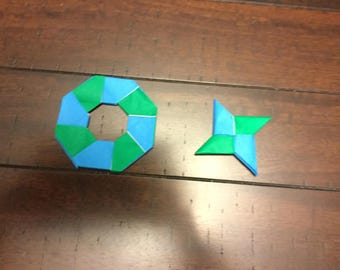 Origami blue and green ninja star pack.