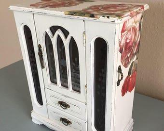 Shabby Chic Jewelry Box,Decoupaged Jewelry Box,Vintage Jewelry Box,Hand painted,White jewelry box, Large,Wooden Jewelry box,Distressed,Roses