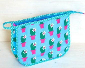 Toiletry bags, beach bag, coated cotton