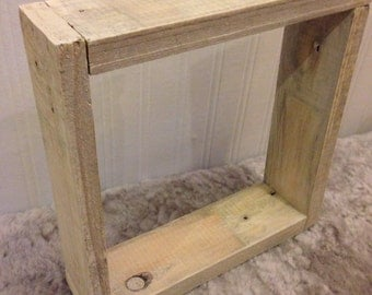 Medium pallet box frame