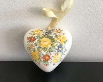 Vintage Heart Shaped porcelain Pomander, Made In Japan,Ceramic Heart, Closet Atomizer, Drawer fragrance, Potpourri Holder, Ceramic Pomander