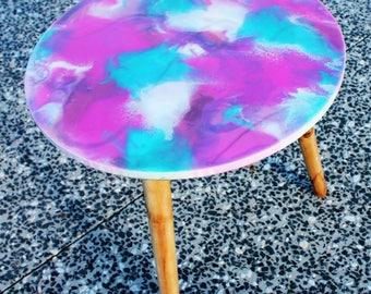 SPLASH 40cm resin sidetable with wooden legs