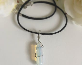 Wire wrapped natural quartz crystal choker