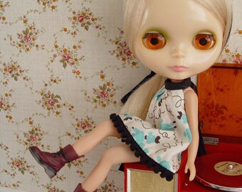 Blythe boots, also fits Momoko, J-doll, Dal