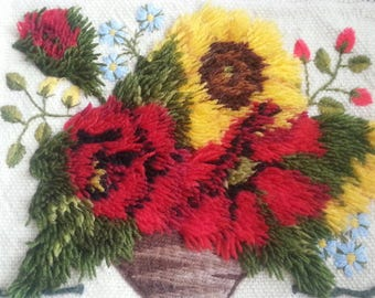 Embroidery with flowers DIY