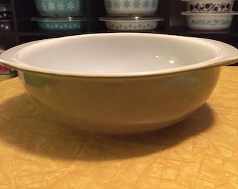 Vintage Pyrex Verde Green 024 Casserole Dish