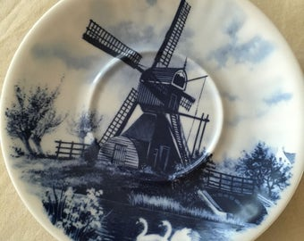 Vintage Delft porcelain plate