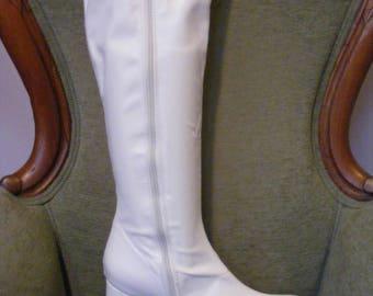 Women's Go Go Boots White Matte Size 5
