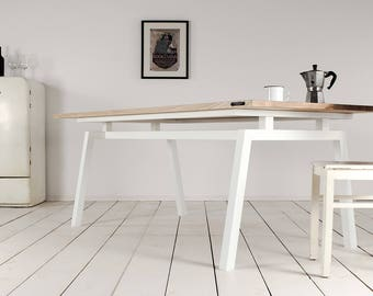 Koolt dining table