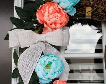 Summer wreath, coral and sky blue