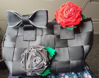 Red or gray velvet ribbon rosette for Harveys seatbelt bag