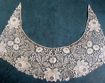 "VINTAGE 1930's Collar Very Fine Delicate Machine Lace Off White Never Used Bottom 16"" Neck 19"" Center Width 4"""