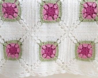 "Crocheted baby blanket ""Mia"""