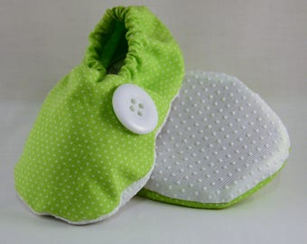 """5"""" Soft-Soled Baby Shoes - Green with White Dots - Adjustable Ankles - Non-Slip Soles"""