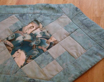 quilted table runner,