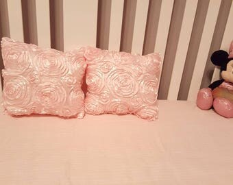 Rose throw pillows for children