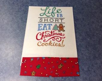 Eat Christmas Cookies