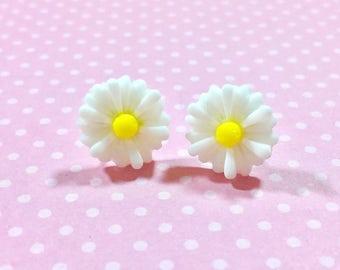 White Flower Earrings, White Daisy Stud Earrings, Flower Stud Earrings, Surgical Steel Posts, Gerbera Daisy Studs, KreatedByKelly (LB3)