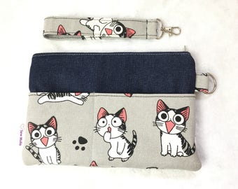 Cat Print Wristlet Pouch