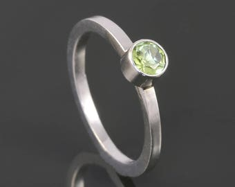 Peridot Stacking Ring. Sterling Silver. August Birthstone. Genuine Gemstone. Ready to Ship. Size 4. s17r013