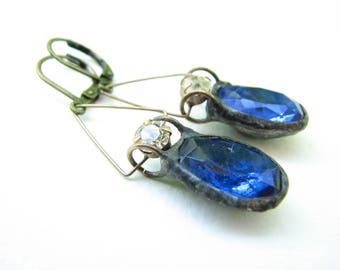 Vintage sapphire blue glass earrings
