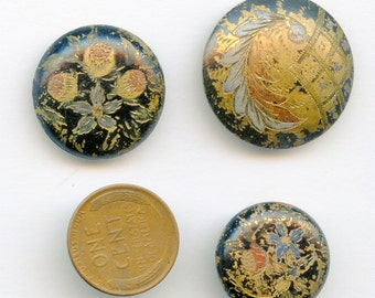 Lot Victorian (3) Engraved and Painted Victorian Buttons with Flowers/Leaves Antique Buttons 3220