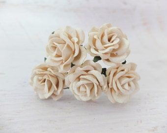 5 35mm mulberry paper ivory roses - round