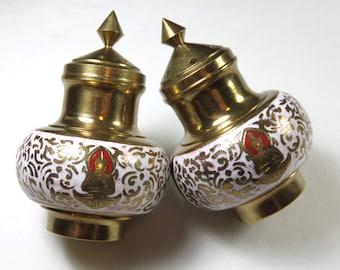 SJK Vintage -- Mid Century Brass and Enamel Siam Thai Thailand Souvenir Salt and Pepper Shakers Set (1960's-70's)