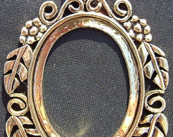 4146FD Pendant Cameo Cab Setting Frame Bezel for 40x30mm Oval Cabochon Antiqued Gold Brass 1 Qty