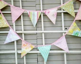 FLASH SALE 40 Percent Off Long Shabby Chic Bunting Feat. Reproduction Prints, Ready 2 Ship Photography Prop,  15 Fabric Flags, Pastels, Flor