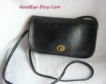 Vintage COACH Cross Body Shoulder Bag / Very SMALL / Blue-Black Leather Fixed Straps 1980s NYC / Messenger Purse