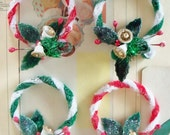 Merry Kitschmas / Vintage Style / Pipe Cleaner Wreaths / Made from Vintage Craft Supplies / Package Tie-On / Ornaments