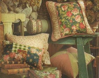 Simplicity 8044 Pillows In Twelve Styles Uncut Pattern