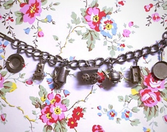 Vintage 1950s Pioneer Western Charm Bracelet