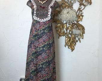 1970s dress maxi dress vintage dress size small peasant dress floral dress summer dress sleeveless dress