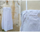 Vintage Antique 1900s French Edwardian white cotton dress underdress with handmade floral embroiderys  size S