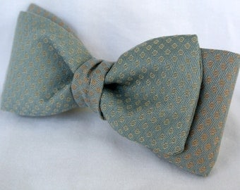 Mens Bow Tie , Gray/green with Silver and Copper ,  Two Tone Pre Tied Clip On Bowtie ,   Gentleman's Tie , Guys Gift , 6