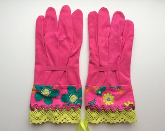 Designer Garden Gloves - As seen in Better Homes and Gardens DIY Magazine and Mother Earth Living Magazine - Flowers, Glitter and Lace