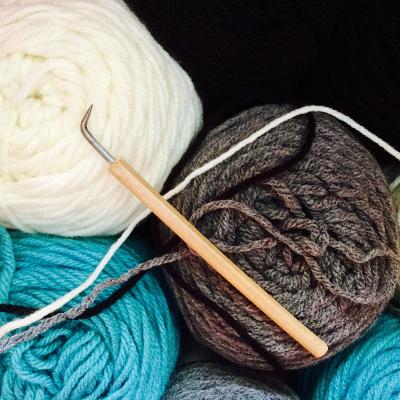 Knitting Hooks : Loom hook corking or knitting nancy bamboo handle